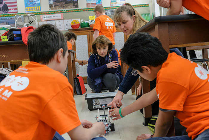 Port Jervis Middle School students working on STEM project